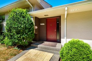 """Photo 3: 4875 COLLEGE HIGHROAD in Vancouver: University VW House for sale in """"UNIVERSITY ENDOWMENT LANDS"""" (Vancouver West)  : MLS®# R2611401"""