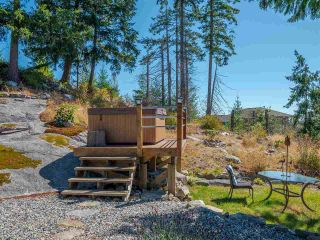 """Photo 33: 5557 PEREGRINE Crescent in Sechelt: Sechelt District House for sale in """"SilverStone Heights"""" (Sunshine Coast)  : MLS®# R2492023"""