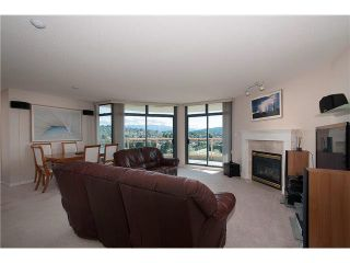 """Photo 2: 1302 4425 HALIFAX Street in Burnaby: Brentwood Park Condo for sale in """"POLARIS"""" (Burnaby North)  : MLS®# V1077789"""