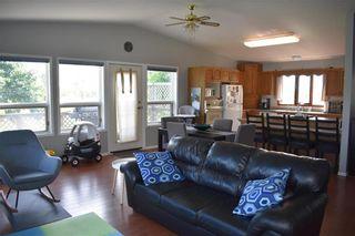Photo 5: 40 SUNSET Boulevard in Gimli Rm: Siglavik Residential for sale (R26)  : MLS®# 202015085