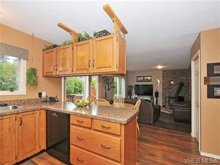 Photo 7: 6577 Rodolph Rd in VICTORIA: CS Tanner House for sale (Central Saanich)  : MLS®# 656437