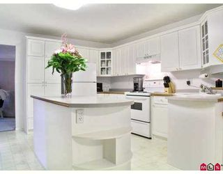 Photo 2: 35563 DINA Place in Abbotsford: Abbotsford East House for sale : MLS®# F2703484