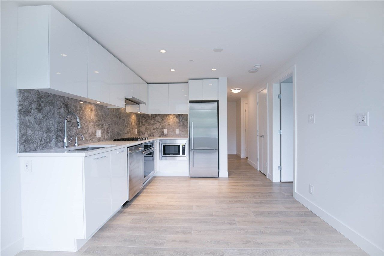 """Main Photo: 1501 8538 RIVER DISTRICT Crossing in Vancouver: Champlain Heights Condo for sale in """"RIVER DISTRICT ONE TOWN CENTRE"""" (Vancouver East)  : MLS®# R2278688"""
