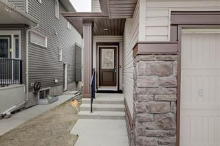 Photo 3: 18 EVANSFIELD Park NW in Calgary: Evanston Detached for sale : MLS®# C4295619