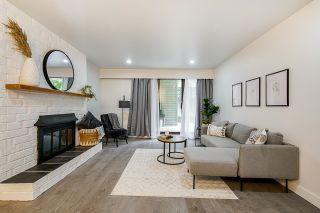 """Photo 1: 106 327 NINTH Street in New Westminster: Uptown NW Condo for sale in """"Kennedy Manor"""" : MLS®# R2621900"""