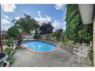 Photo 17: 13874 FALKIRK Drive in Surrey: Bear Creek Green Timbers House for sale : MLS®# R2307470