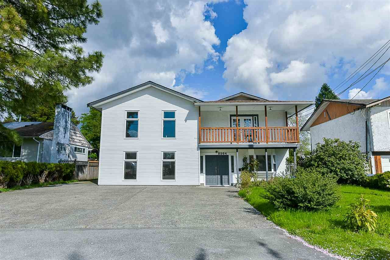 Main Photo: 8964 156A Street in Surrey: Fleetwood Tynehead House for sale : MLS®# R2385680
