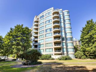 """Main Photo: 803 995 ROCHE POINT Drive in North Vancouver: Roche Point Condo for sale in """"Roche Point Tower"""" : MLS®# R2599646"""