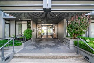 """Photo 4: 305 2828 YEW Street in Vancouver: Kitsilano Condo for sale in """"Bel-Air"""" (Vancouver West)  : MLS®# R2602736"""