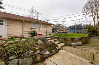 """Photo 11: 105 COLLEGE Court in New Westminster: Queens Park House for sale in """"Queens Park"""" : MLS®# R2039051"""