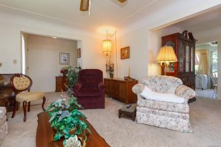 Photo 10: 2742 Roseberry Ave in : Vi Oaklands House for sale (Victoria)  : MLS®# 854051