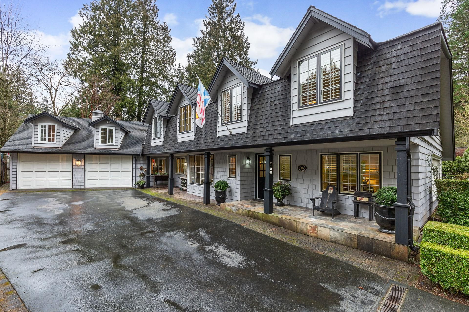 Main Photo: 1160 Hilary Place in North Vancouver: Seymour NV House for sale : MLS®# R2336427