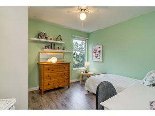 """Photo 12: 112 13900 HYLAND Road in Surrey: East Newton Townhouse for sale in """"Hyland Grove"""" : MLS®# R2336743"""