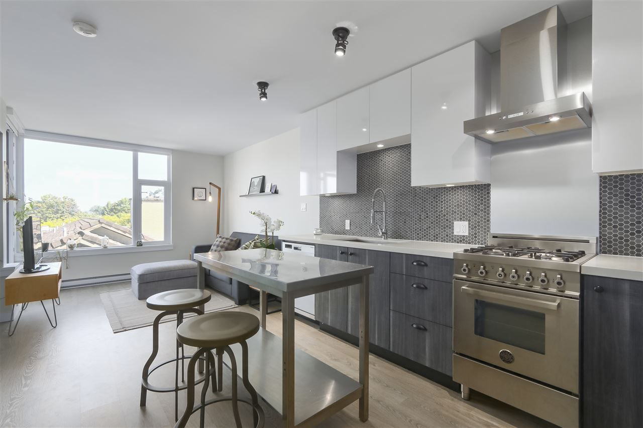 Photo 2: Photos: 406 311 E 6TH AVENUE in Vancouver: Mount Pleasant VE Condo for sale (Vancouver East)  : MLS®# R2401439