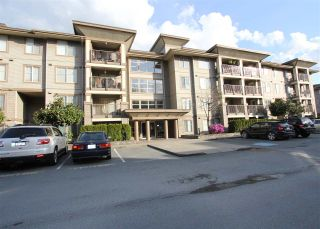 """Photo 2: 410 45561 YALE Road in Chilliwack: Chilliwack W Young-Well Condo for sale in """"THE VIBE"""" : MLS®# R2563176"""