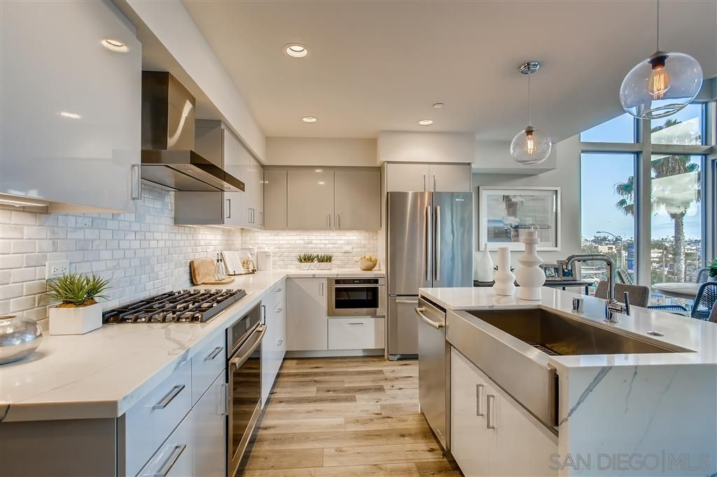 Photo 3: Photos: POINT LOMA Townhouse for sale : 2 bedrooms : 3030 Jarvis #7 in San Diego