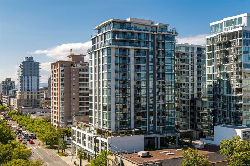 FEATURED LISTING: 1702 - 960 Yates St