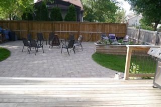 Photo 3: 80 Greensboro Bay in Winnpeg: Fort Garry / Whyte Ridge / St Norbert Single Family Detached for sale (South Winnipeg)