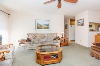 Photo 8: 18 4120 Interurban Rd in VICTORIA: SW Strawberry Vale Row/Townhouse for sale (Saanich West)  : MLS®# 796838