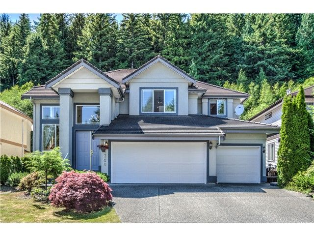 "Main Photo: 1720 SUGARPINE Court in Coquitlam: Westwood Plateau House for sale in ""WESTWOOD PLATEAU"" : MLS®# V1130720"