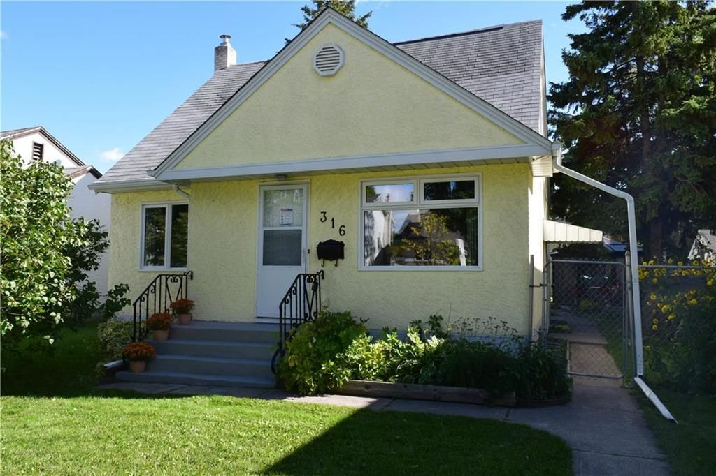 Welcome to 316 Notre Dame Street. Residential home with a wonderful secondary suite on the upper level with an already great tenant.