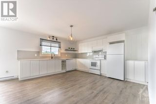 Photo 7: 259 LONGUEUIL STREET in L'Orignal: House for rent : MLS®# 1262145