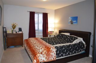 """Photo 11: 230 19528 FRASER Highway in Surrey: Cloverdale BC Condo for sale in """"Fairmont on the Boulevard"""" (Cloverdale)  : MLS®# R2129627"""