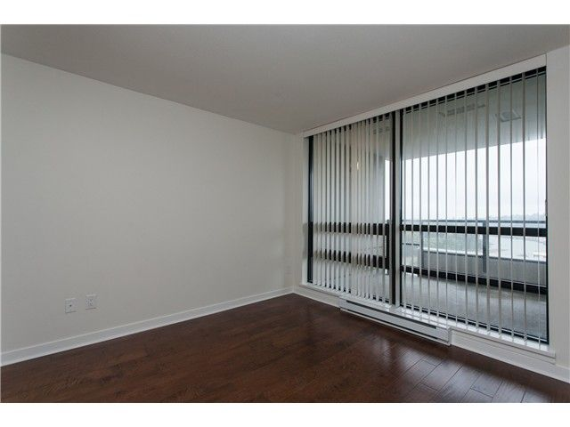 """Photo 9: Photos: 2006 1 RENAISSANCE Square in New Westminster: Quay Condo for sale in """"THE Q"""" : MLS®# V1043023"""