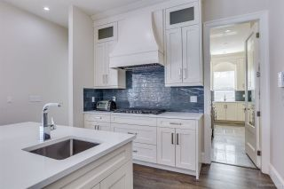 Photo 12: 821 LEVIS Street in Coquitlam: Harbour Place House for sale : MLS®# R2551238