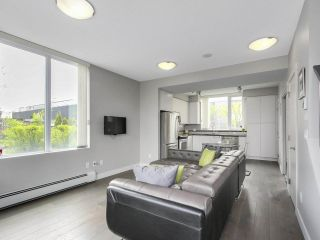 """Photo 5: 112 9025 HIGHLAND Court in Burnaby: Simon Fraser Univer. Townhouse for sale in """"HIGHLAND HOUSE"""" (Burnaby North)  : MLS®# R2163984"""
