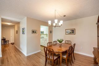 Photo 10: 101 2125 Oak Bay Ave in Oak Bay: OB South Oak Bay Condo for sale : MLS®# 837058