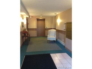 Photo 4: 302 9945 Fifth St in SIDNEY: Si Sidney North-East Condo for sale (Sidney)  : MLS®# 656929