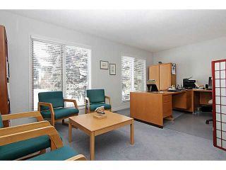 Photo 3: 136 LAKE MEAD Crescent SE in CALGARY: Lk Bonavista Estates Residential Detached Single Family for sale (Calgary)  : MLS®# C3608866