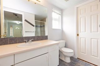 """Photo 17: 6 5501 LADNER TRUNK Road in Delta: Hawthorne Townhouse for sale in """"Sycamore Court"""" (Ladner)  : MLS®# R2402042"""