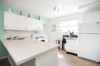 Photo 13: 206 Hindley Avenue in Winnipeg: St Vital Residential for sale (2D)  : MLS®# 202012637