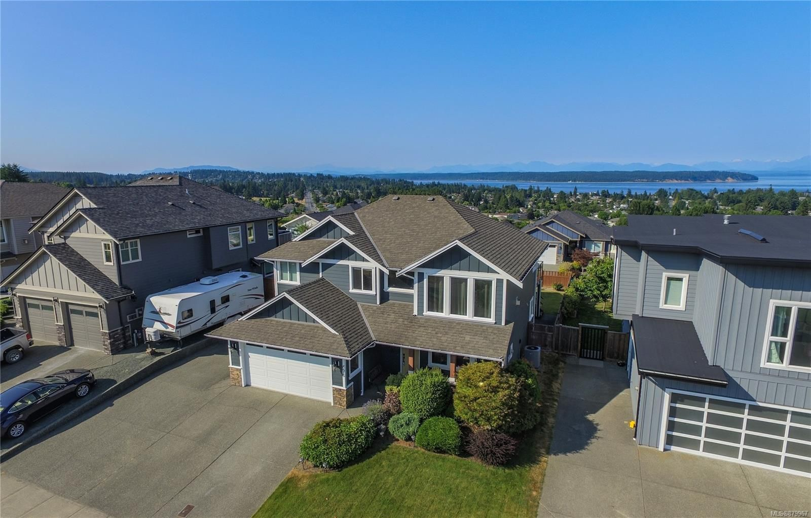 Main Photo: 676 Nodales Dr in : CR Willow Point House for sale (Campbell River)  : MLS®# 879967