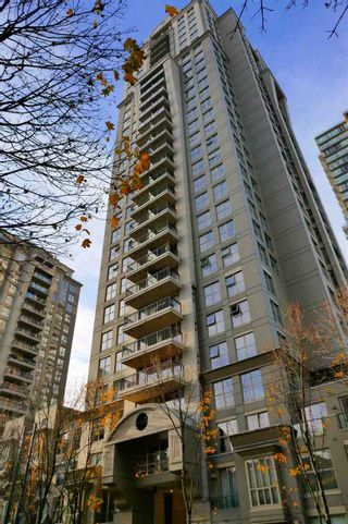 """Photo 13: 407 969 RICHARDS Street in Vancouver: Downtown VW Condo for sale in """"MONDRIAN II"""" (Vancouver West)  : MLS®# R2419984"""