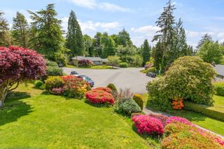 """Photo 10: 772 BLYTHWOOD Drive in North Vancouver: Delbrook House for sale in """"Lower Delbrook"""" : MLS®# R2583161"""