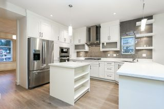 """Photo 7: 720 RODERICK Avenue in Coquitlam: Coquitlam West House for sale in """"S"""" : MLS®# V1137900"""