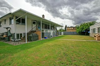 Photo 3: 6105 NEVILLE STREET in Burnaby: South Slope House for sale (Burnaby South)  : MLS®# R2075908