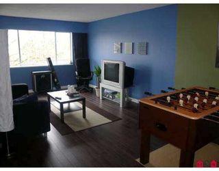 """Photo 1: 11806 88TH Ave in Delta: Annieville Condo for sale in """"SUNGOD VILLA"""" (N. Delta)  : MLS®# F2706923"""