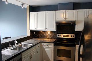 "Photo 6: 57 8892 208 Street in Langley: Walnut Grove Townhouse for sale in ""HUNTER'S RUN"" : MLS®# R2435572"