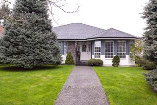 Photo 2: 18963 63B Avenue in Surrey: Cloverdale BC House for sale (Cloverdale)  : MLS®# R2257208