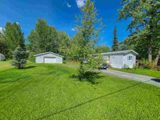 """Photo 3: 2604 MINOTTI Drive in Prince George: Hart Highway Manufactured Home for sale in """"HART HIGHWAY"""" (PG City North (Zone 73))  : MLS®# R2589076"""