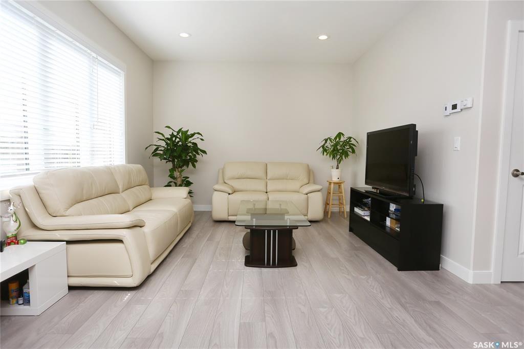 Photo 17: Photos: 230 Warder Cove in Saskatoon: Stonebridge Residential for sale : MLS®# SK843187