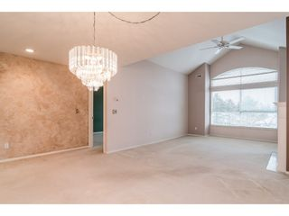 "Photo 4: 312 20381 96 Avenue in Langley: Walnut Grove Condo for sale in ""Chelsea Green / Walnut Grove"" : MLS®# R2341348"