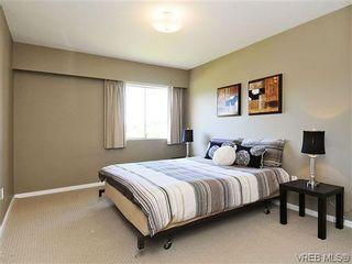 Photo 10: 202 1680 Poplar Ave in VICTORIA: SE Mt Tolmie Condo for sale (Saanich East)  : MLS®# 654377