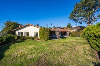 Photo 6: LA JOLLA House for sale : 4 bedrooms : 5901 Avenida Chamnez