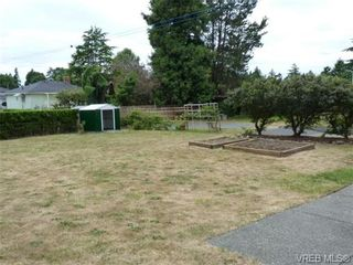 Photo 18: 1139 Wychbury Ave in VICTORIA: Es Saxe Point House for sale (Esquimalt)  : MLS®# 706189