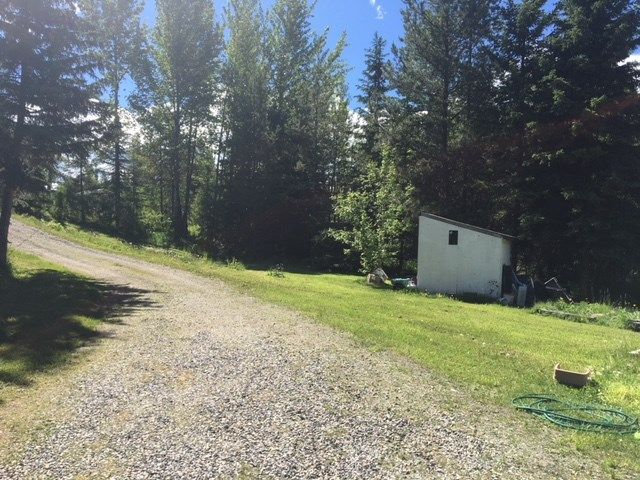 """Photo 3: Photos: 5257 MCKEE Road in Quesnel: Quesnel - Rural North Manufactured Home for sale in """"10 MILE LAKE/MOOSE HEIGHTS"""" (Quesnel (Zone 28))  : MLS®# R2378890"""